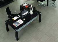 стильные столы для кабинетов
